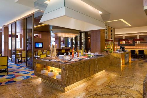 The Sandalwood Beijing Marriott Executive Apartments photo 10