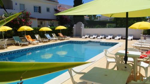 holidays algarve vacations Albufeira Apartamentos Solar do Sol