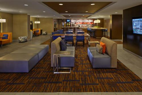 Courtyard by Marriott Orlando East/UCF Area photo 23