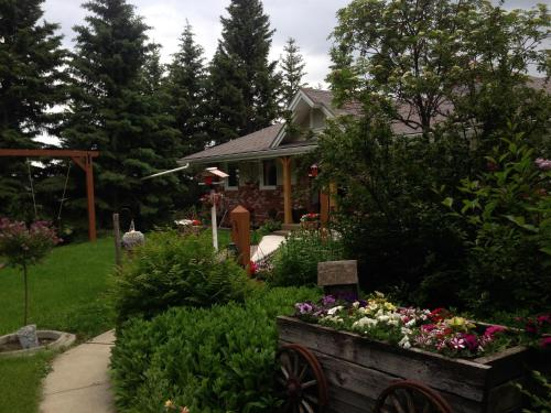 Hilltop Ranch Bed & Breakfast Photo