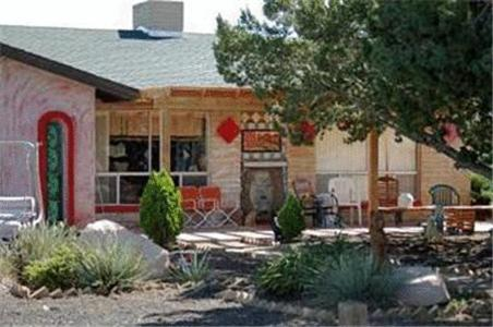 Photo of Dumplin Patch Bed & Breakfast Hotel Bed and Breakfast Accommodation in Valle Arizona