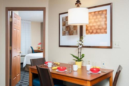 TownePlace Suites by Marriott Indianapolis - Keystone photo 11