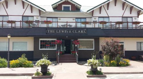 The Lewis & Clark Motel of Three Forks Photo