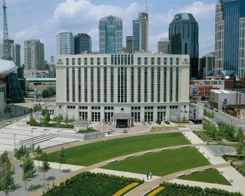 Picture of Hilton Nashville Downtown/><p class=