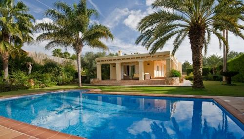 Luxury Villa en Km 5