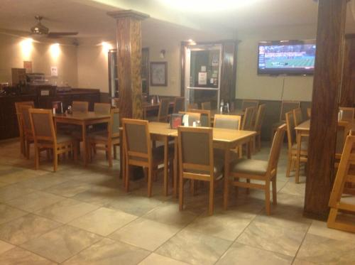 Stay Express Inn and Suites Sweetwater Photo