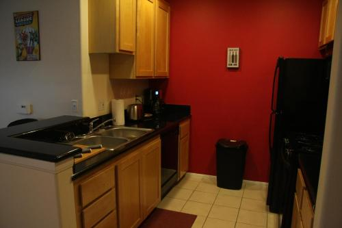 One Bedroom Vacation Apt #DTRS1C - Los Angeles, CA 90017