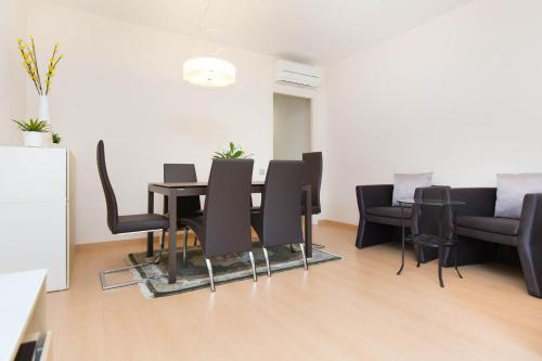 Stay Barcelona Central Apartments photo 40