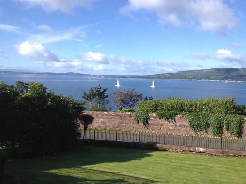 Northcliff Manor in Wemyss Bay from £51