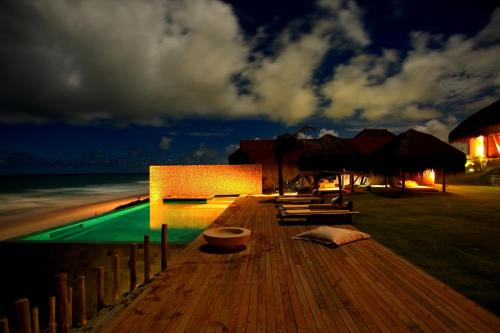 Kenoa Exclusive Beach Spa & Resort Photo