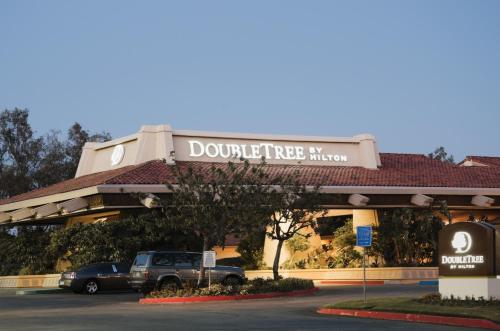 DoubleTree by Hilton Bakersfield Photo