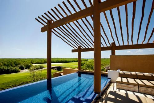 Banyan Tree Mayakoba Photo