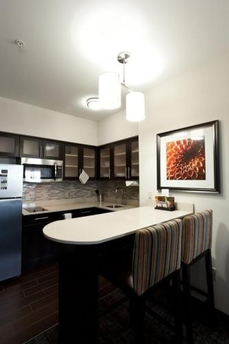 Staybridge Suites Houston - IAH Airport photo 20
