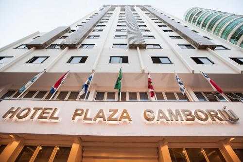 Hotel Plaza Camboriú Photo