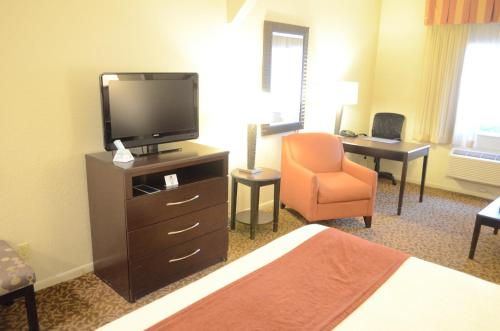Best Western Plus Westchase Mini-Suites photo 1