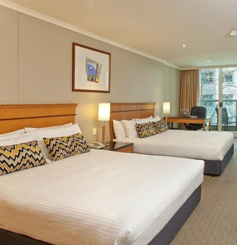 Radisson Hotel & Suites Sydney photo 32