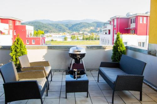 Brasov Penthouse Retreat photo 10