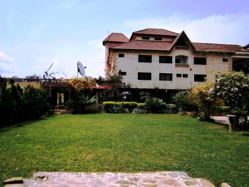 Accra Royal Castle Apartments & Suites