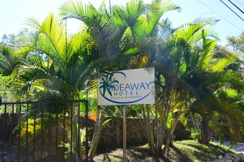 The Hideaway Hotel Photo