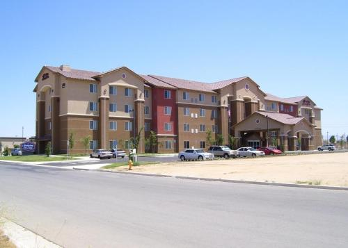 Picture of Hampton Inn and Suites Bakersfield North-Airport