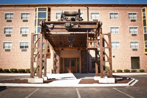 Photo of Ironworks Hotel hotel in Beloit
