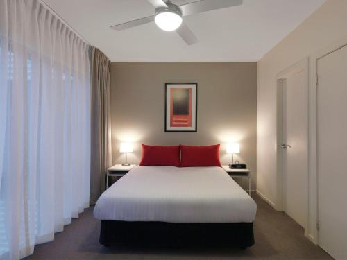 Adina Apartment Hotel St Kilda photo 5