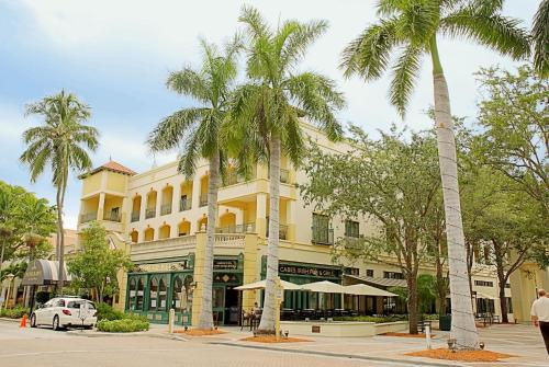 Courtyard by Marriott - Naples Photo