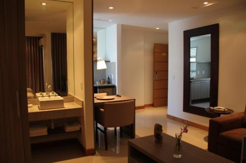 Midas Rio Suites Photo