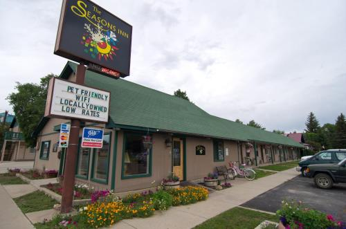 The Seasons Inn Photo