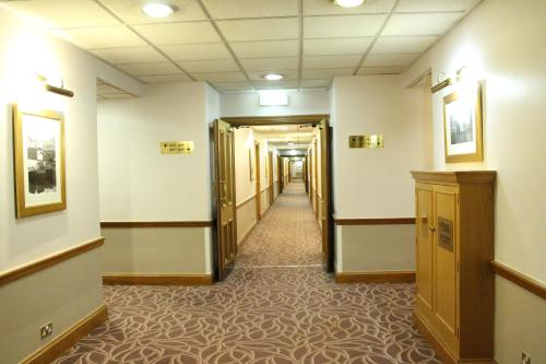 The Royal Angus Hotel photo 6