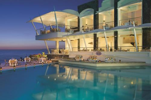 Secrets vallarta bay resort spa all inclusive adults for Hotel secret