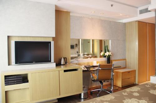 The Eton Hotel Shanghai photo 7