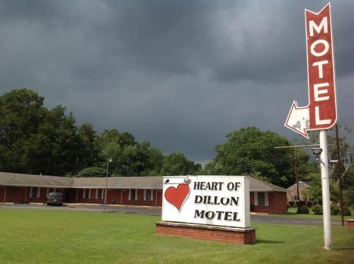 Heart of Dillon Motel