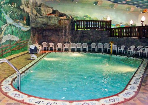 Bavarian Inn Lodge Photo