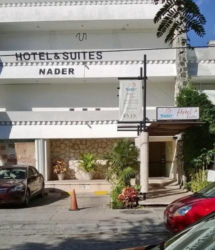 Hotel y Suites Nader Photo