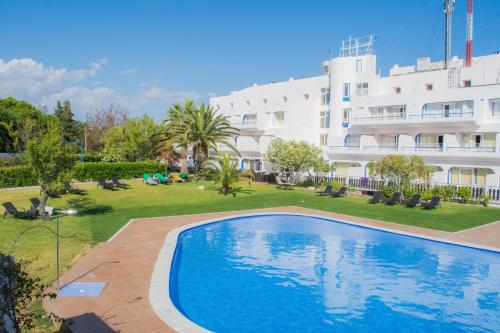holidays algarve vacations Carvoeiro Solferias Hotel