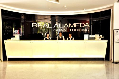 Hotel Real Alameda de Queretaro Photo