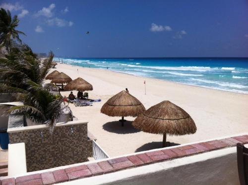 Cancun Condo Rent Photo