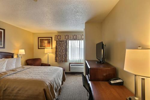 Quality Inn La Crosse Photo