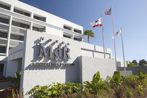 Hotel MDR Marina del Rey- a DoubleTree by Hilton Photo