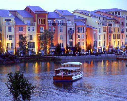Universal's Loews Portofino Bay Hotel photo 16