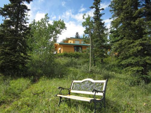 The Lodge at Lake Laberge Photo