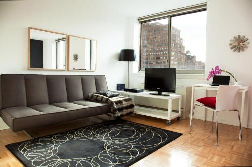 Apartment168 NYC Photo