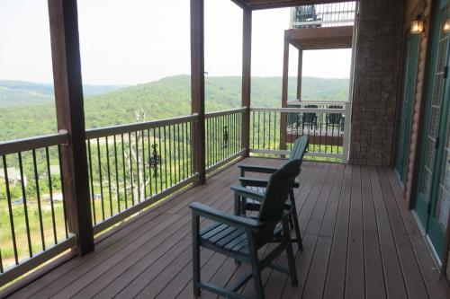 Cliffs Resort Table Rock Lake Photo