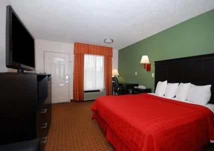 Quality Inn Savannah Photo