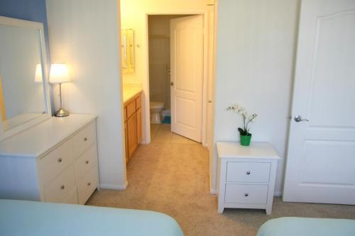 Two Bedroom Vacation Apt #DTRS #2D - Los Angeles, CA 90017