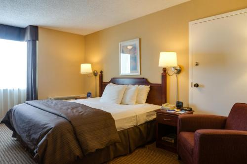 Days Inn Calgary South Photo