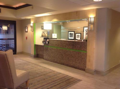 Hampton Inn Austin-South - I-35 & Ben White photo 26