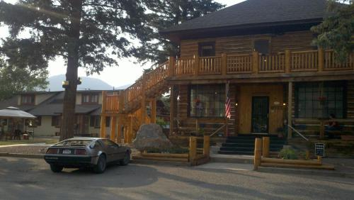 The Spruce Lodge Photo