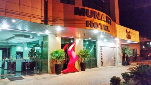 Munart Hotel Photo
